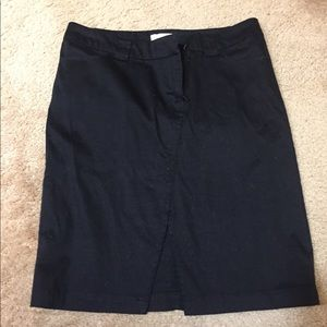 Dresses & Skirts - Black Pencil skirt with slit
